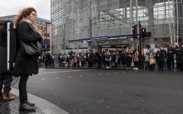 Встолице Англии сегодня собираются бастовать рабочие транспорта