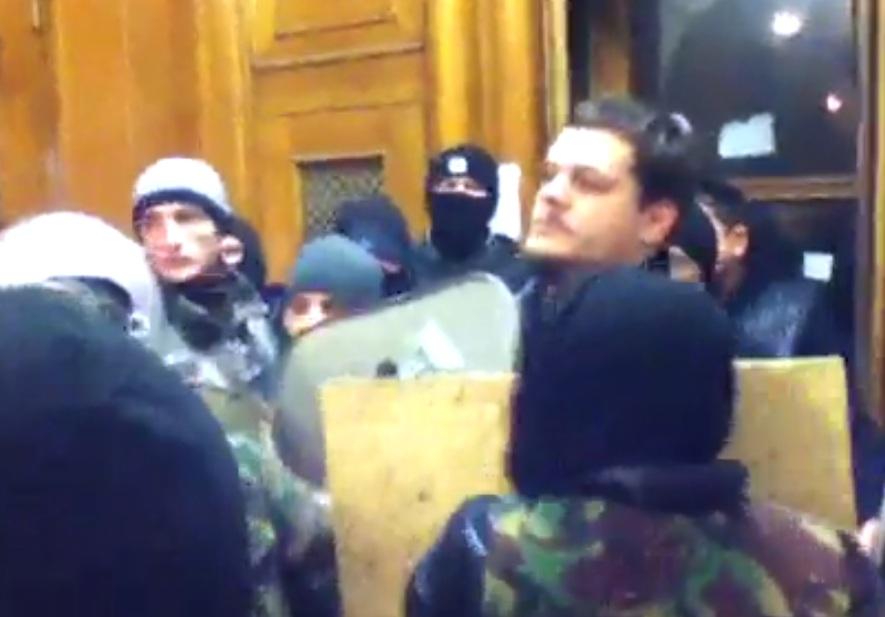 Радикалы пытались снова занять КГГА: хроника событий