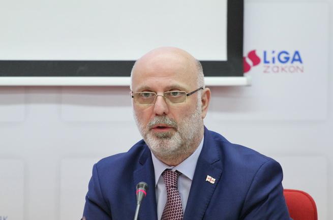 Пресс-центр: Бизнес настаивает на принятии закона об НВК