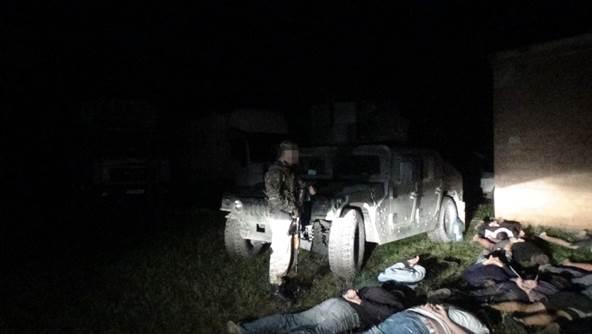 СБУ задержала 21 фуру с продуктами для боевиков: фото, видео