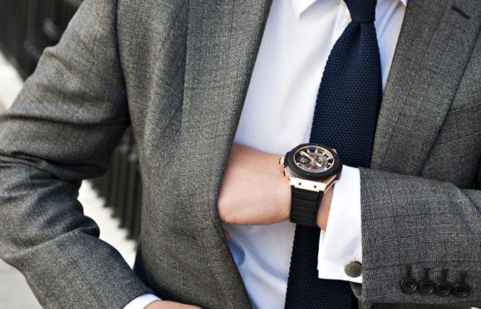 Как распознать человека по наручным часам: советы экспертов