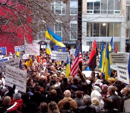 Митинг в США в поддержку Евромайдана450.jpg