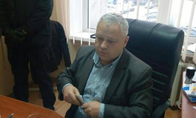 В Луцке по подозрению в вымогательстве задержан топ-инспектор