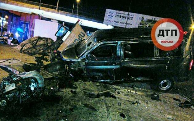 Нетрезвый шофёр пытался заехать настанцию метро «Харьковская»