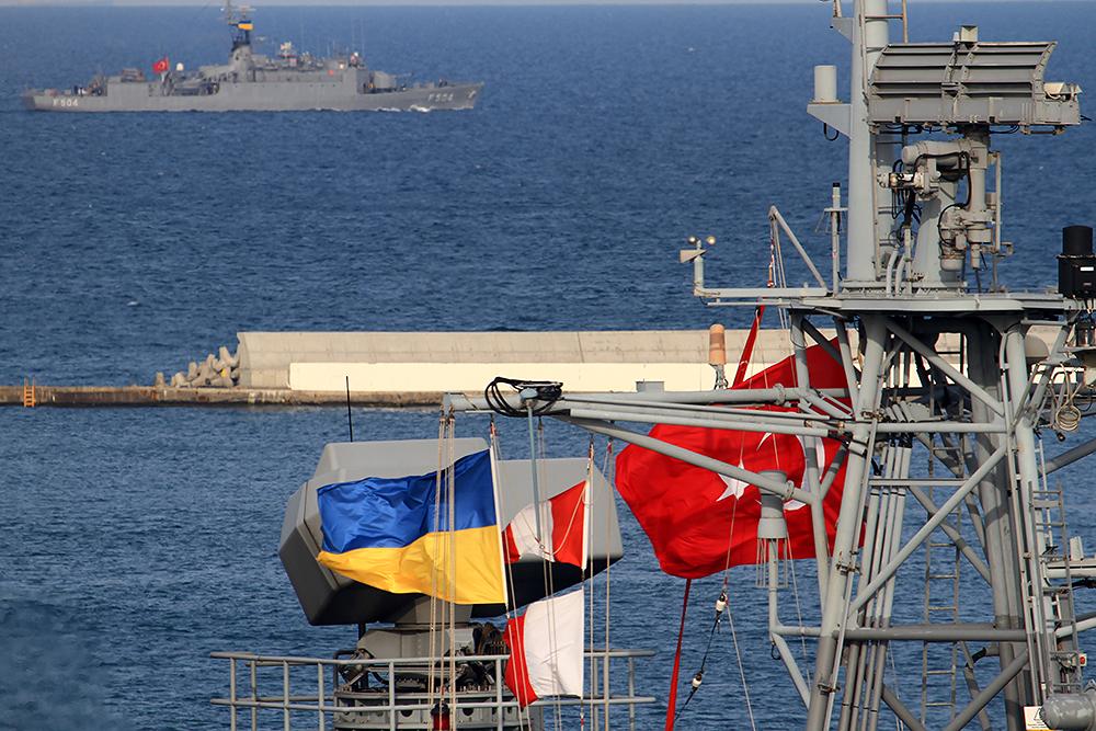 Корабли Украины и Турции провели совместные учения в Черном море