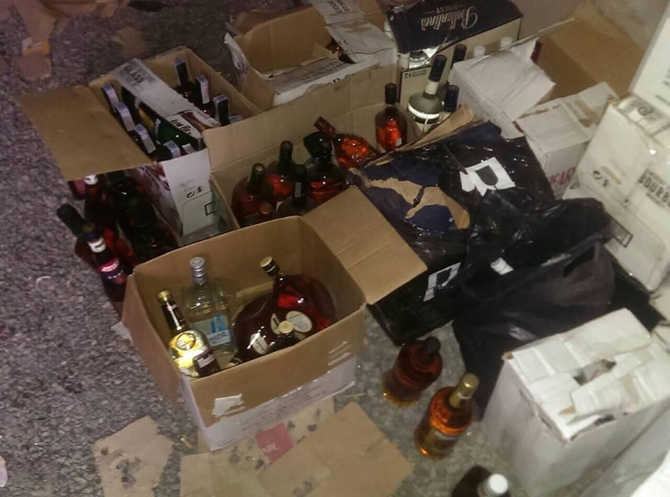 Житель Винницы подделывал алкоголь известных брендов: фото