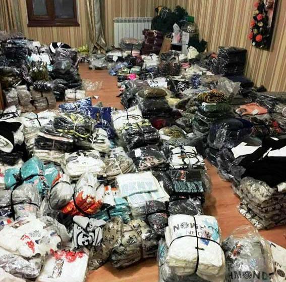 Одесские полицейские изъяли изнезаконного оборота поддельную брендовую продукцию