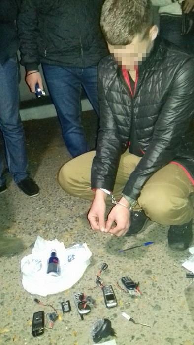 В Одессе задержан военный на продаже самодельной взрывчатки: фото