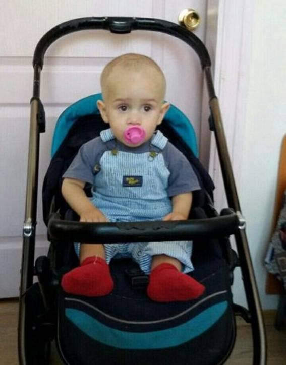 У Києві поліція шукає родичів знайденого на Подолі малюка: фото