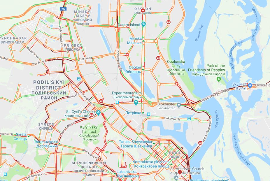 Из-за мощного снегопада Киев парализован пробками: карта