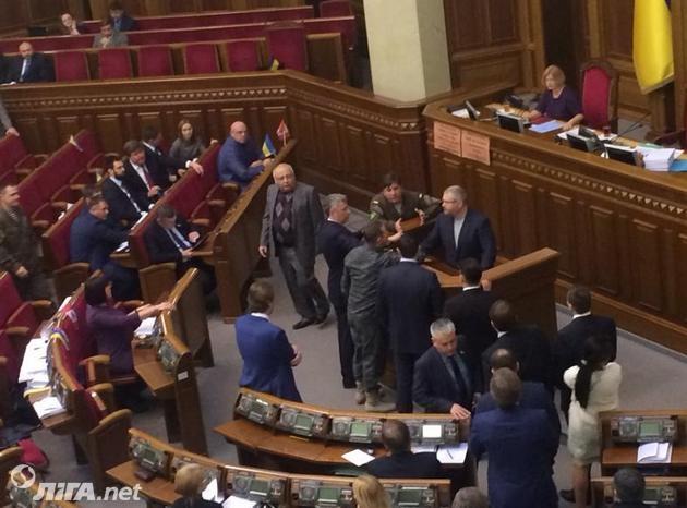 В Раде ругались из-за языка: нардеп выступил на русском - фото