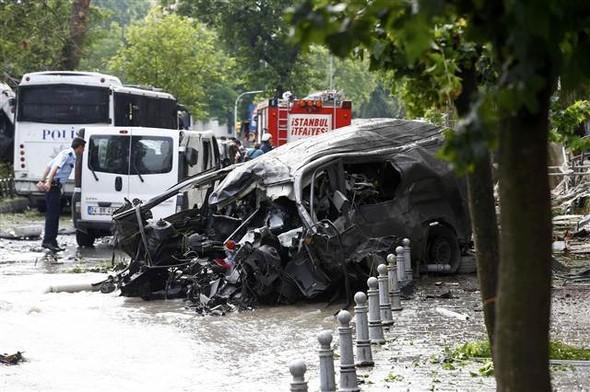 Вцентре Стамбула взорвалась бомба, необошлось без жертв