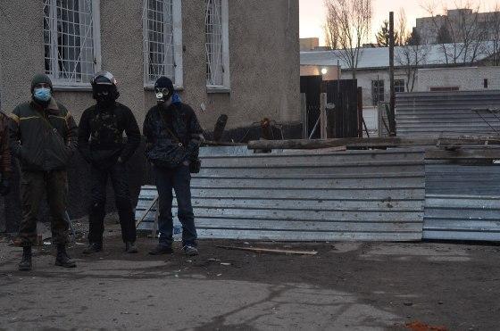 Ровенские активисты установили КПП на трассе Киев-Чоп
