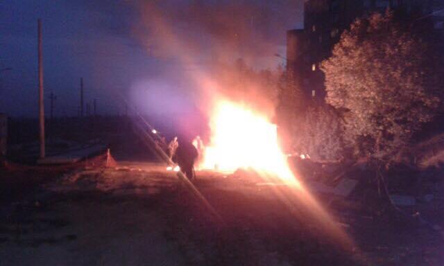Во Львове начали поджигать невывезенный мусор