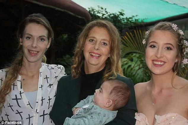 Cводная сестра Илона Маска родила ребенка отихотца
