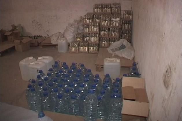 ВДнепропетровской области обнаружили цех попроизводству «паленой» водки