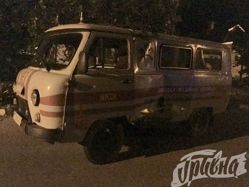 В Скадовске полицейский Prius протаранил машину скорой помощи