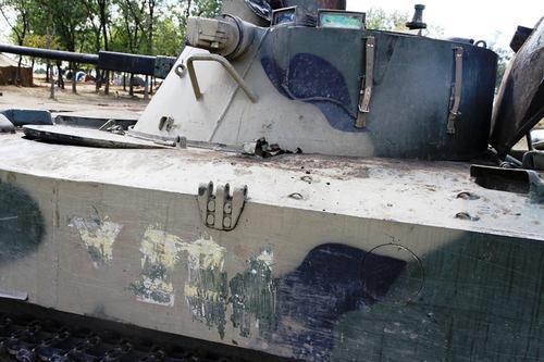 Силы АТО отремонтировали БМД, отбитый у российских десантников