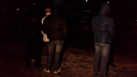 В Каневе под окружной избирательной комиссией начался пикет