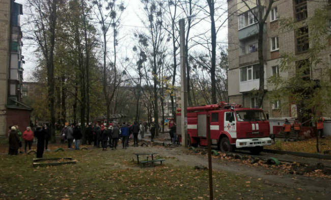 В Харьковской пятиэтажке прогремел взрыв