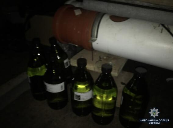 Полиция обнаружила плантацию коки в киевском гараже: фото