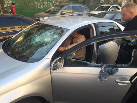 В Киеве СБУ с применением спецсредств задержала чиновника ГСЧС