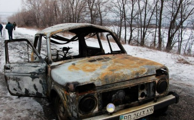 В «ЛНР» взорвался легковой автомобиль: шофёр умер, пассажиры ранены