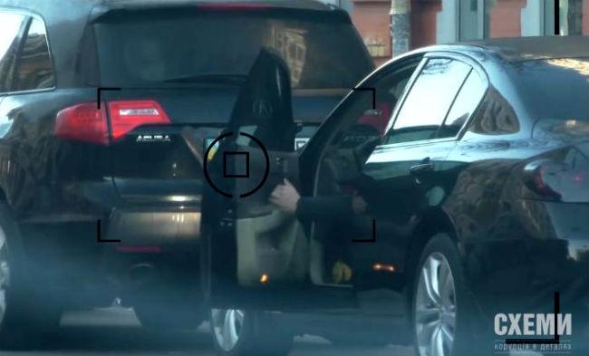 На каких авто ездят прокуроры ГПУ и сколько зарабатывают: видео