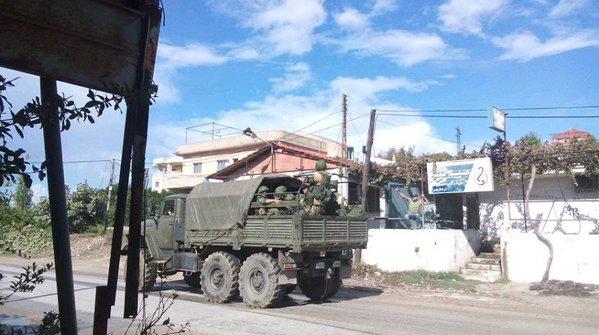 Обнародованы фото российской бронетехники и артиллерии в Сирии