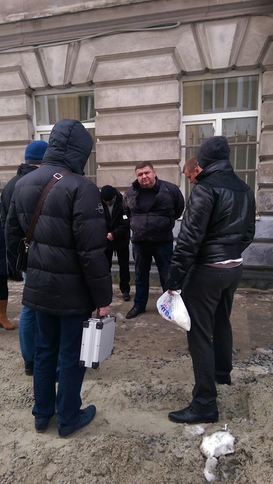 "Луценко рассказал, как в горсовете Львова ловили ""пиранью"": видео"