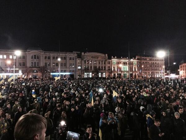 Российские диверсанты и сепаратисты подняли мятеж на востоке