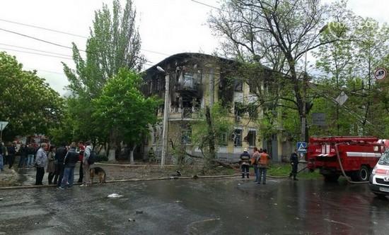 В Мариуполе здание ГУВД полностью выгорело