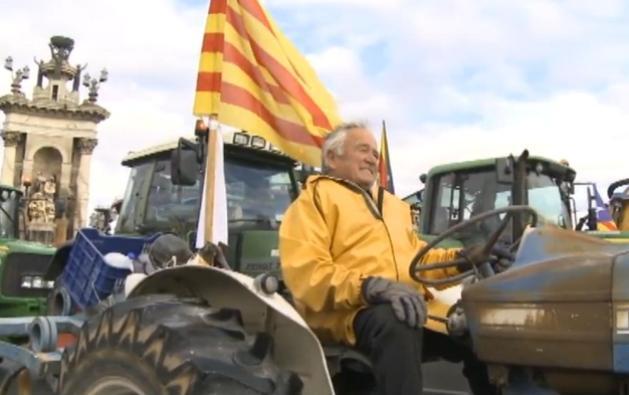 """В Каталонии проходит """"марш тракторов"""" в поддержку референдума"""