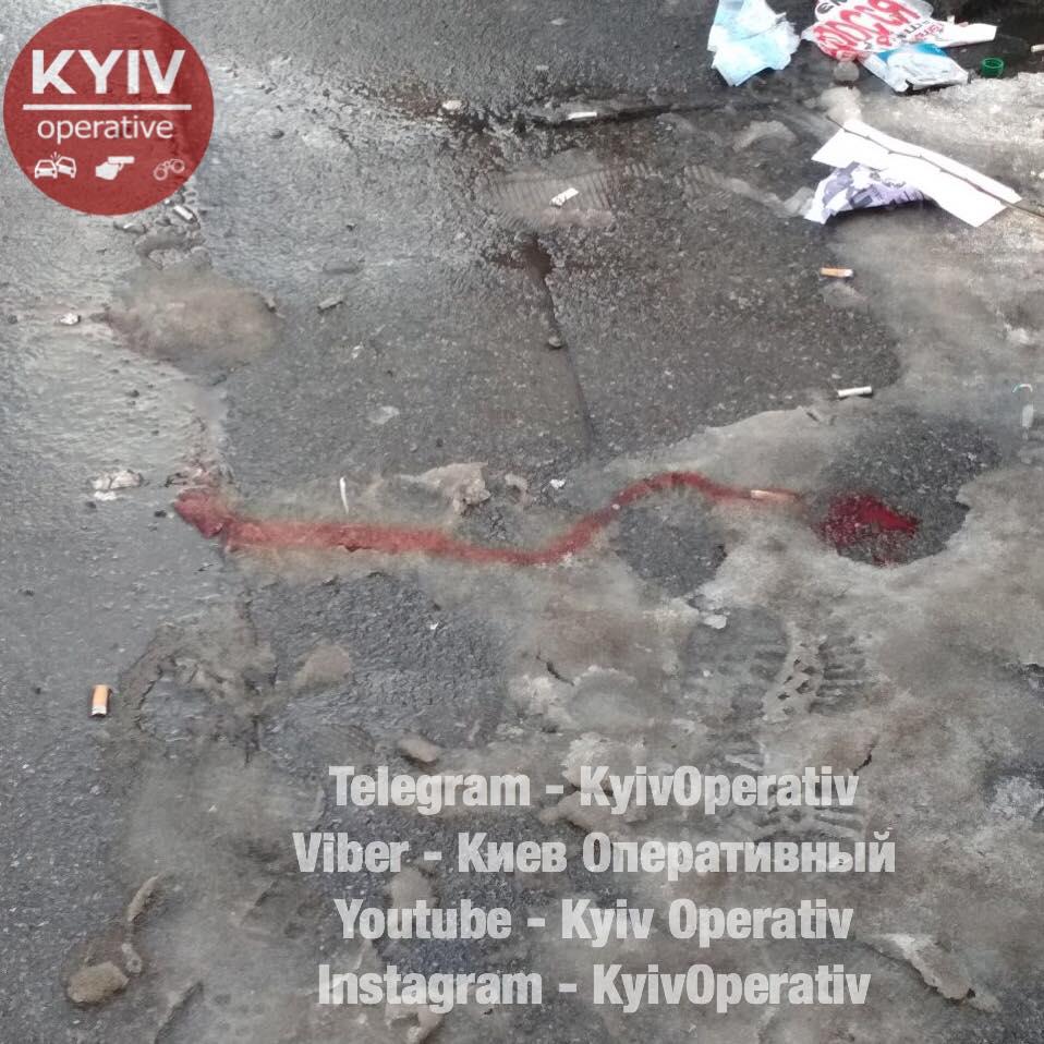 УКиєві біля суду— стрілянина, постраждали троє