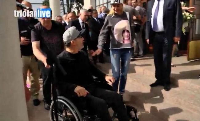 Кернес вернулся в Украину с лечения в Израиле