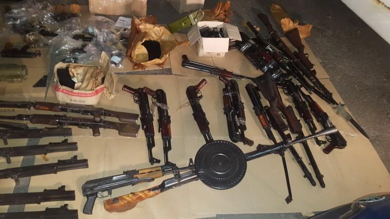 В Украину пытались незаконно ввезти 43 пистолета: фото и видео