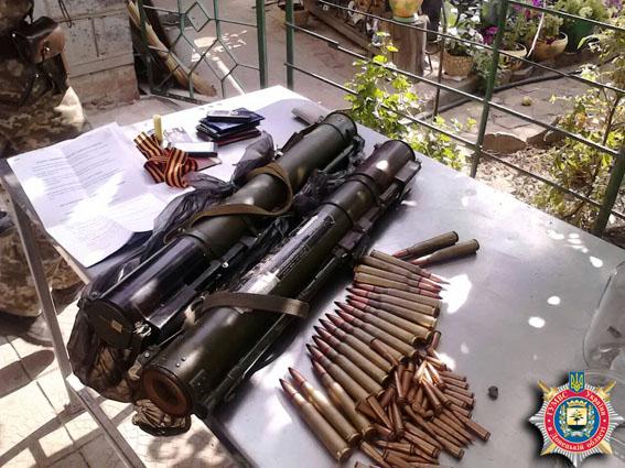 Милиция задержала двух вернувшихся в Славянск боевиков