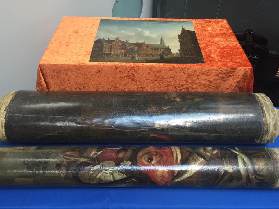Украина передала Нидерландам украденные из музея в Хоорне картины