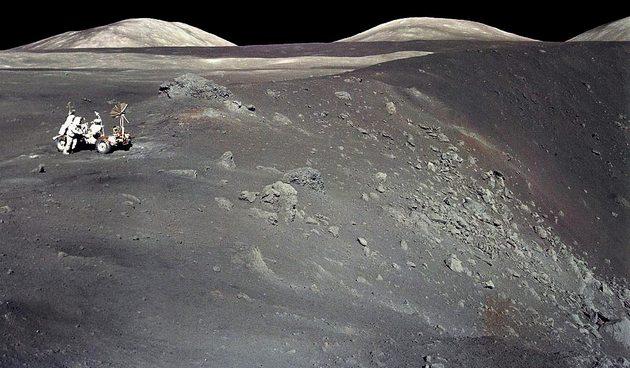 Колонизаторы не засохнут: на Луне обнаружили большие запасы воды