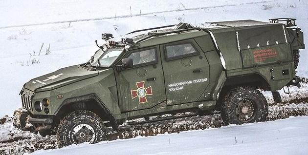 Нацгвардия получила для тестов новый броневик Варта-Новатор: фото