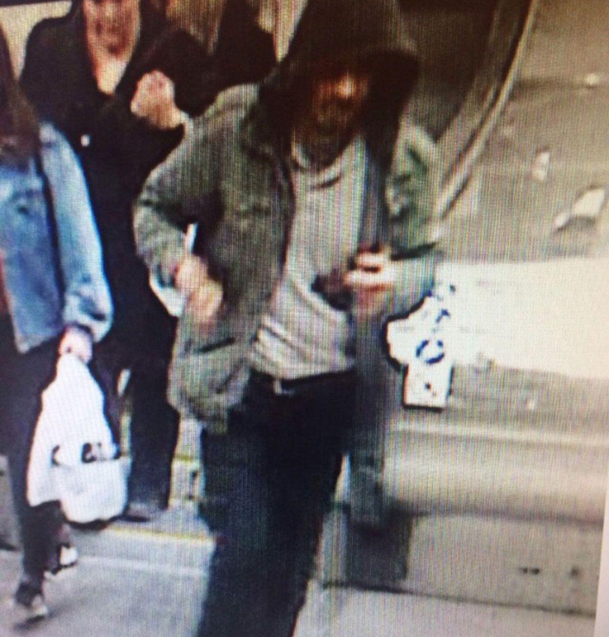 Полиция опубликовала фото подозреваемого в теракте в Стокгольме