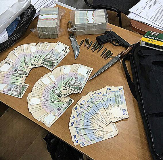 В Киеве на крупной взятке задержан арбитражный управляющий: фото