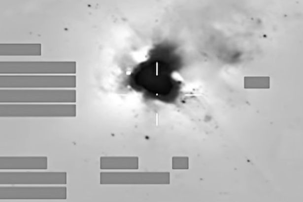 Footage-of-RAF-jets-bombing-Daesh-site-in-Syria (1).jpg