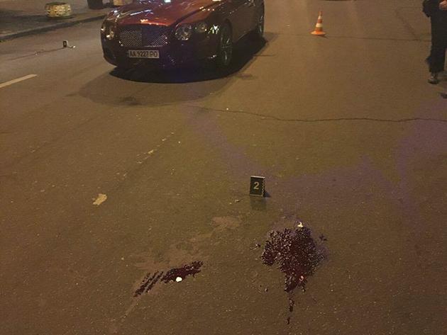 Сын Шуфрича на Bentley сбил человека в Киеве