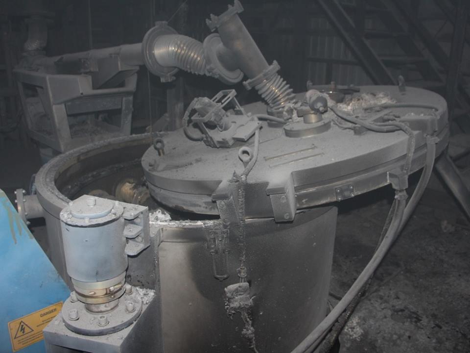 ВКиеве назаводе «Квазар» произошел взрыв, после этого начался пожар