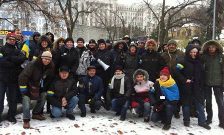 Миротворцы Евромайдана1.jpg