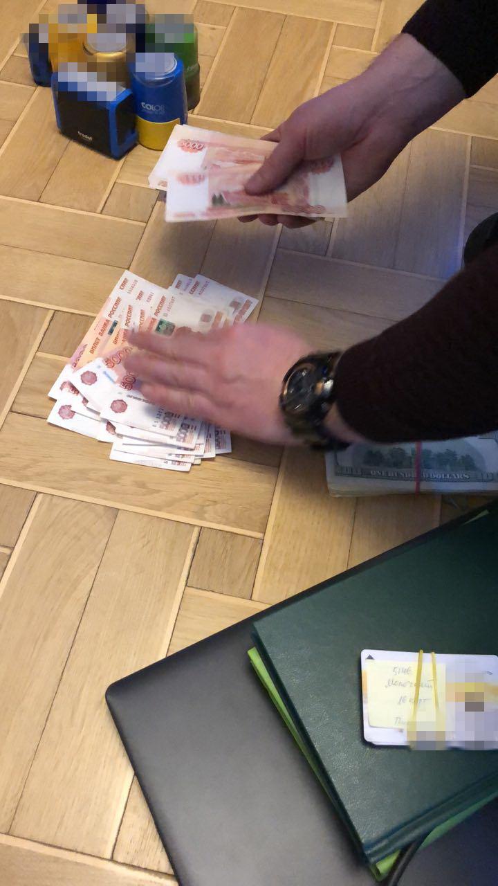 В Киеве задержан бизнесмен: передавал лекарства боевикам