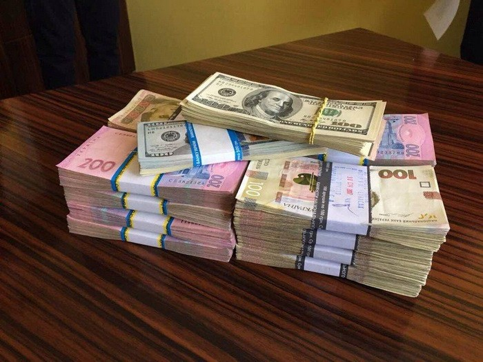 В Черкасской области на крупной взятке задержан чиновник ГСЧС