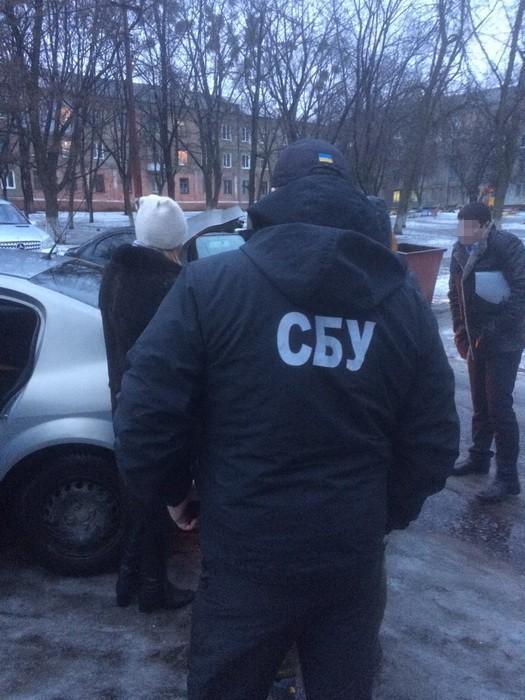 Чиновник Краматорского горсовета попался на взятке: фото