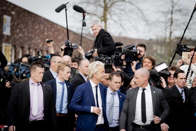 Выборы в Нидерландах: Как удалось остановить популистов Вилдерса